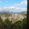 猿啄城展望台の登山道から見た景色 - 1