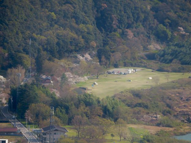 猿啄城展望台から見た景色 - 21:桃太郎公園のキャンプ場