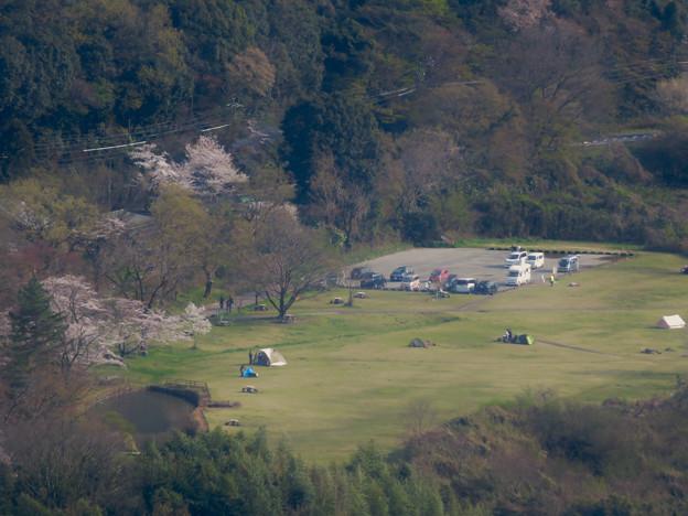 猿啄城展望台から見た景色 - 22:桃太郎公園のキャンプ場