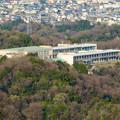 Photos: 猿啄城展望台から見た景色 - 41:山の上にある坂祝中学校