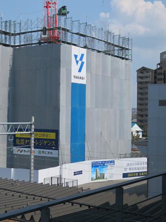 JR春日井駅南口に建設中の高層マンション(2020年4月4日)- 2