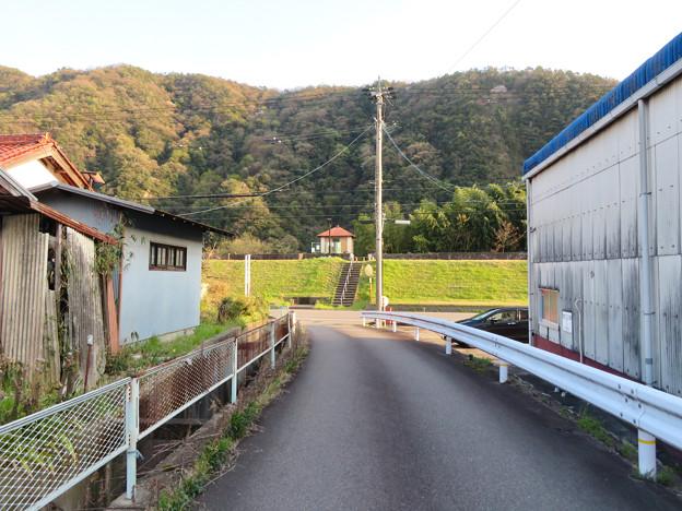 坂祝町:木曽川沿いにある小屋の様な建物 - 1