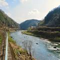 県道名古屋多治見線のトンネル前から撮影した土岐川(庄内川)