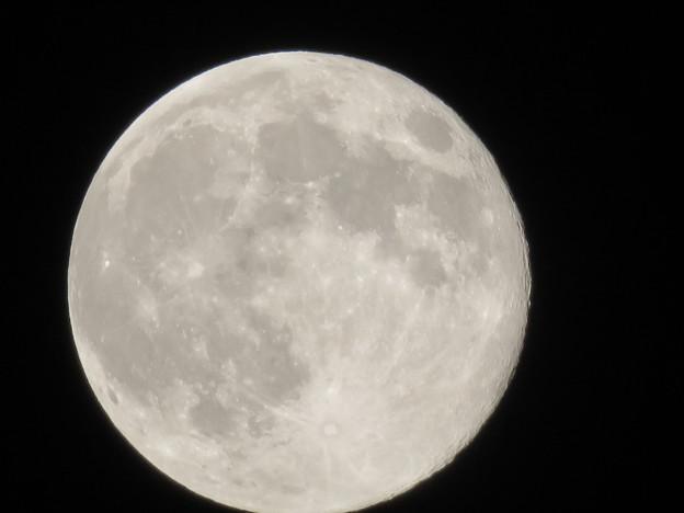 満月(2020年4月9日) - 2