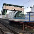 Photos: 踏切地点から見た味美駅 - 3