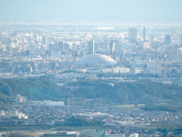 道樹山山頂から見たナゴヤドーム - 1