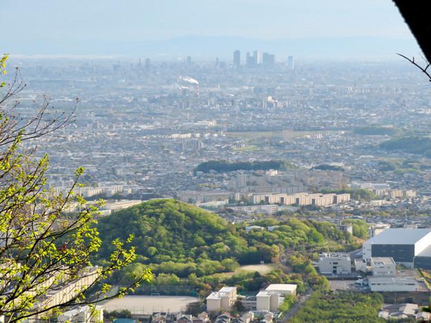 道樹山山頂から見た名駅ビル群 - 1