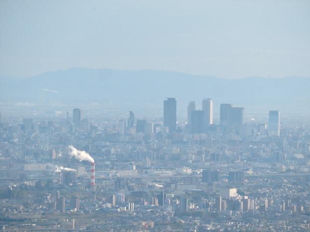 道樹山山頂から見た名駅ビル群 - 3