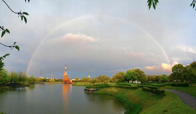 落合公園に架かる虹(パノラマ)