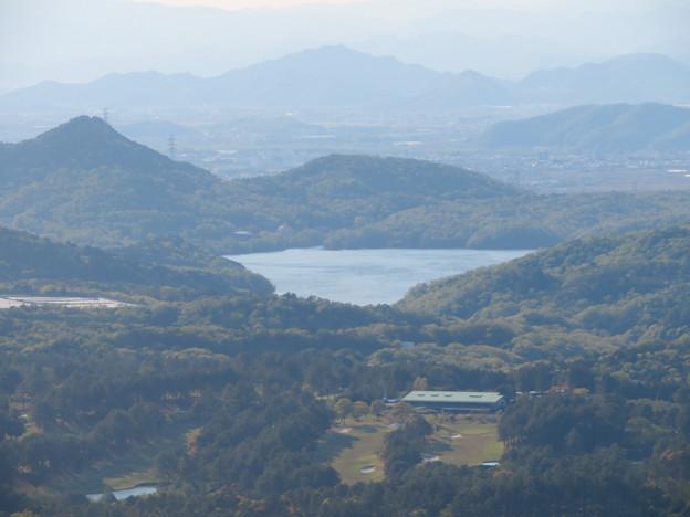 弥勒山 山頂展望台から見た景色 - 19:尾張富士と入鹿池