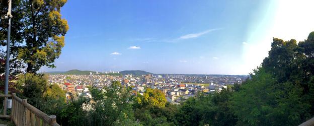 円福寺展望台から見た景色 - 19:パノラマ(晴れ)