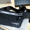 Photos: 骨伝導ワイヤレスヘッドホン「AfterShokz Aeropex」 - 5:おまけ?のバッグ