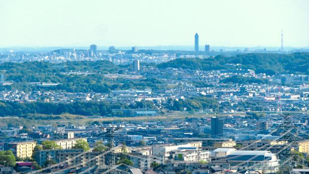 西高森山展望台から見た景色 - 16:東山スカイタワー