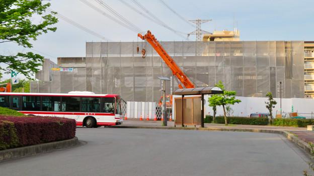 解体工事中の桃花台線桃花台東駅(2020年5月12日) - 1