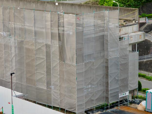解体工事中の桃花台線桃花台東駅(2020年5月12日) - 5