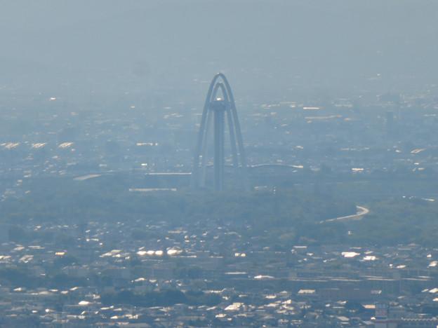 本宮山頂上から見える景色 - 2:ツインアーチ138