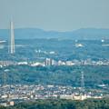本宮山頂上から見える景色 - 8:瀬戸デジタルタワーと愛・地球博記念公園の大観覧車