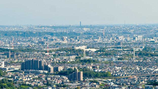 本宮山頂上手前の雨宮社から見た景色 - 20:東山スカイタワー