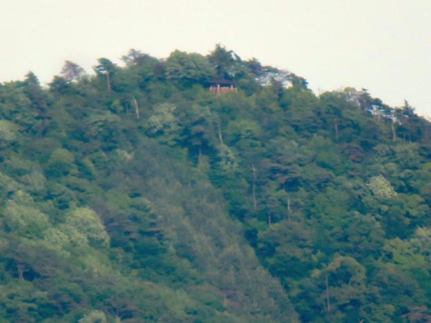 本宮山頂上手前の雨宮社から見た景色 - 25:弥勒山の展望台