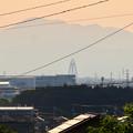 大縣神社の駐車場から見た伊吹山とツインアーチ138