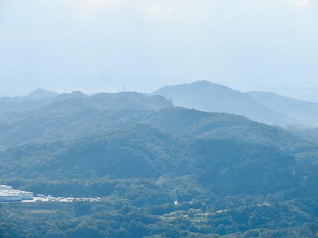 弥勒山山頂から見た本宮山 - 1