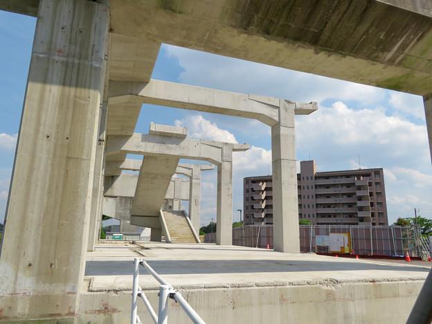 骨組みだけになっていた解体工事中の桃花台線桃花台東駅(2020年5月23日) - 3