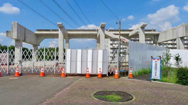 骨組みだけになっていた解体工事中の桃花台線桃花台東駅(2020年5月23日) - 11
