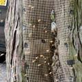 Photos: 尾張富士浅間神社の境内の木にあるミツバチの巣 - 2