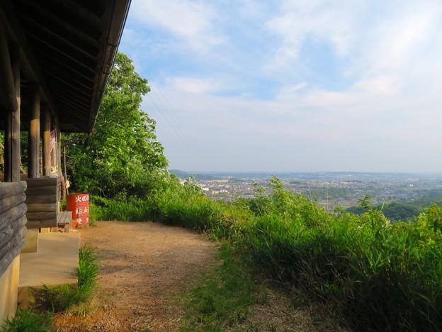 西高森山展望台前から見える景色 - 1