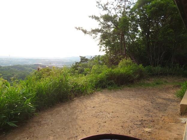 西高森山展望台前から見える景色 - 2