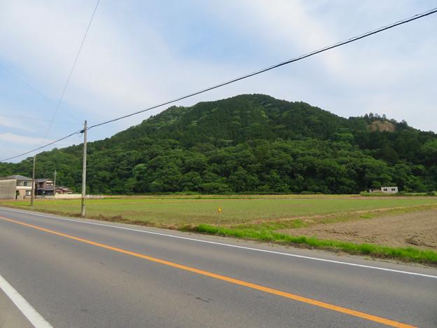 北側から見た本宮山 - 2