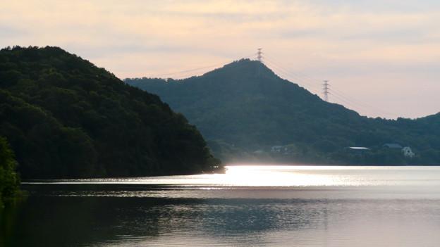 郷中新橋から見た景色 - 1:夕暮れ時の尾張富士