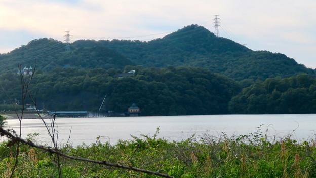 入鹿池沿いから見た尾張富士 - 3
