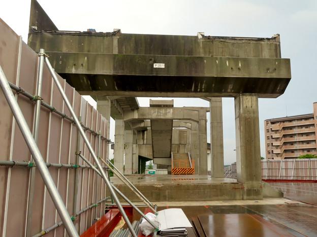 解体工事中の桃花台線桃花台東駅(2020年6月13日) - 3