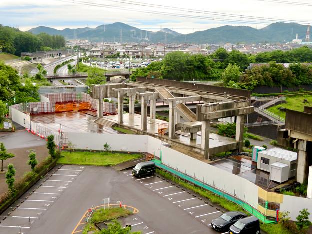 解体工事中の桃花台線桃花台東駅(2020年6月13日) - 6