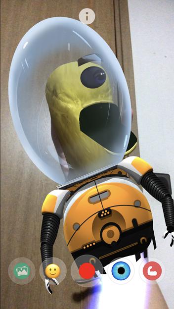 Photos: ARでパペット人形が楽しめる「YoPuppet」- 15:宇宙服を着た宇宙人!?