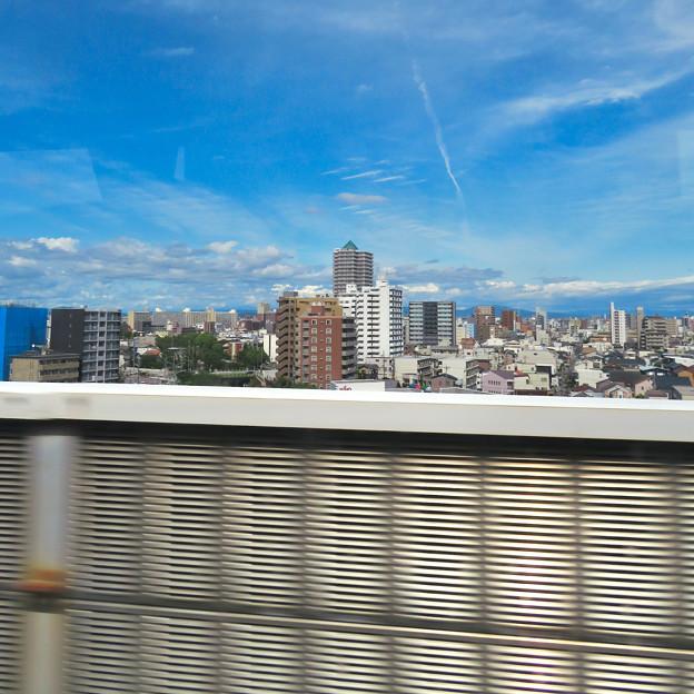 名古屋高速から撮影したアンビックス志賀ストリートタワー - 1