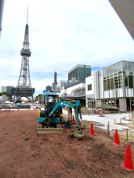 商業施設が侵食した感じしかしないリニューアル工事中の久屋大通公園 - 3