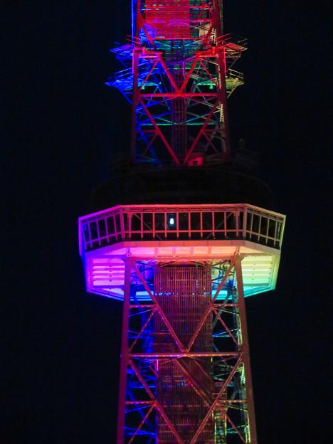 久しぶりにカラフルになってた名古屋テレビ塔のイルミネーション - 3