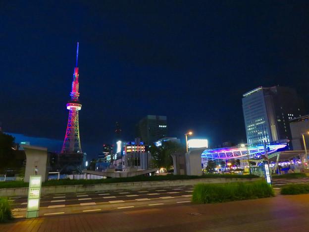 久しぶりにカラフルになってた名古屋テレビ塔のイルミネーション - 4