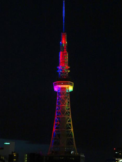 久しぶりにカラフルになってた名古屋テレビ塔のイルミネーション - 9