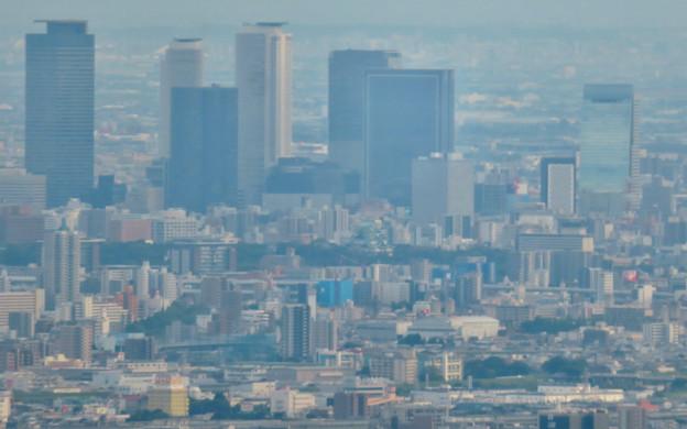弥勒山山頂から見た景色 - 8:名古屋城と名駅ビル群