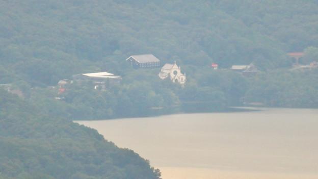 弥勒山山頂から見えた明治村の建物 - 1