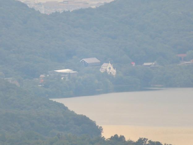 弥勒山山頂から見えた明治村の建物 - 2