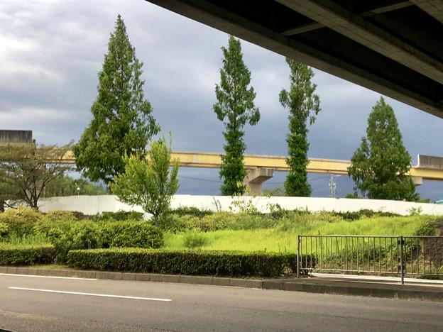 桃花台線の国道155号立体交差手前の高架撤去工事(2020年8月22日)- 3