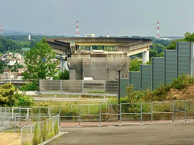 桃花台線の桃花台東駅解体撤去工事(2020年8月22日)