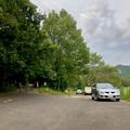 Photos: みろくの森入り口と宮滝大池沿いの駐車スペース - 3