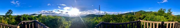 春日井市少年自然の家「野外教育センター」展望台から見た景色のパノラマ写真 - 1:高森山~西高森山~春日井三山