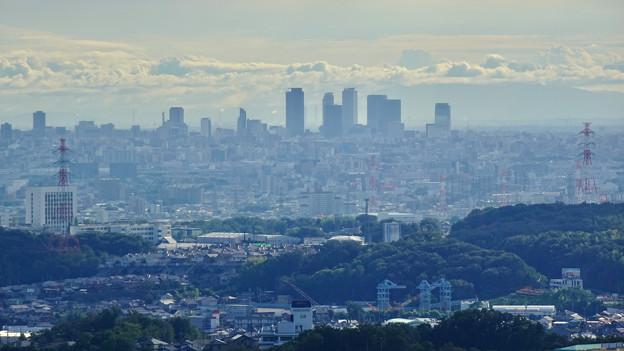 西高森山山頂から見た景色 - 3:名駅ビル群