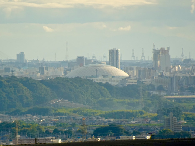 Photos: 春日井市少年自然の家「野外教育センター」展望台から見た景色 - 11:ナゴヤドーム
